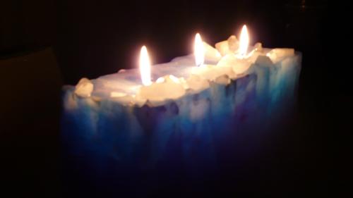 2007f_candle.jpg